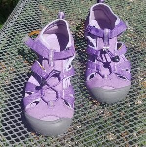 Girls purple Keen waterproof sandals